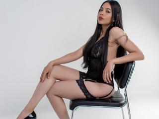 Webcam model AliceBlanc from XLoveCam