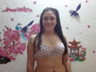 JadeSweet69 webcam