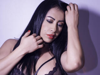 Webcam model SofiaBecker from XLoveCam