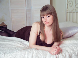 Webcam model SoftLover from XLoveCam