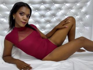 Webcam model MichelSuuny from XLoveCam
